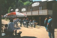 saloon ext1