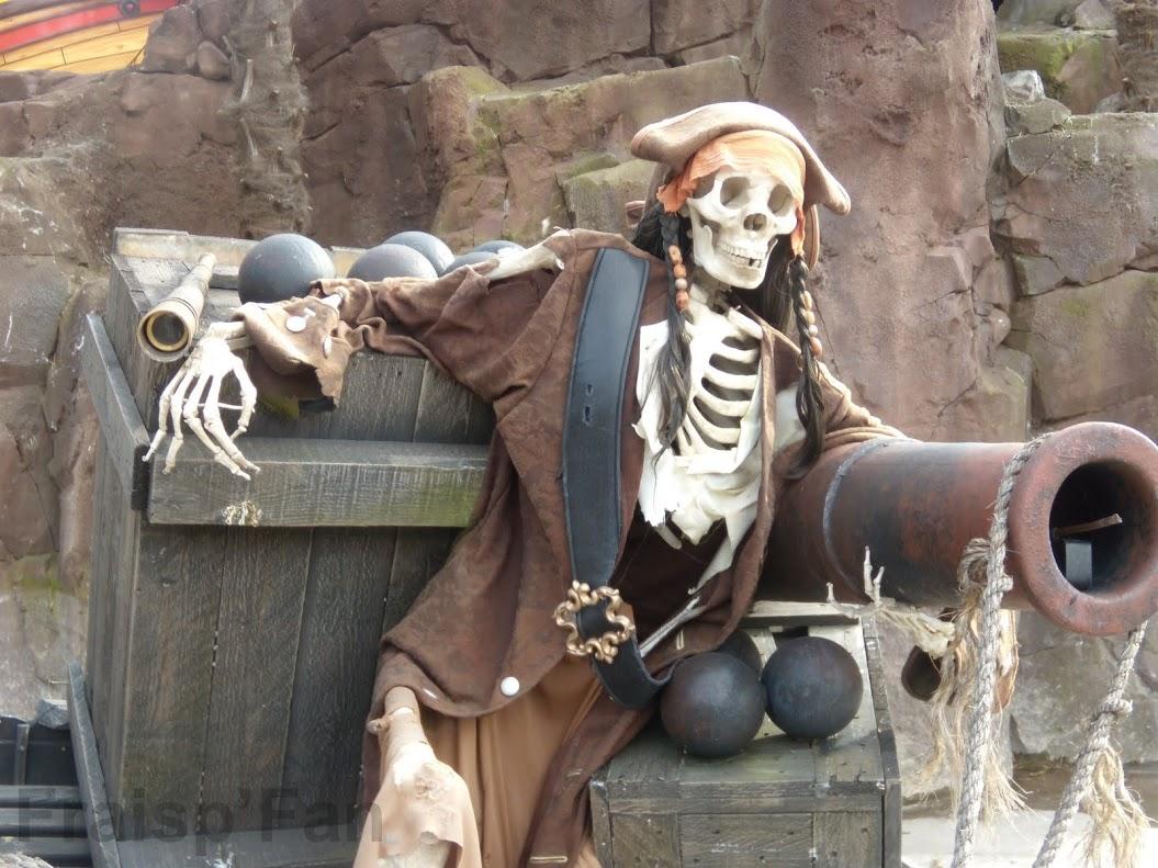 pirates_attack_-_attraction_-_450