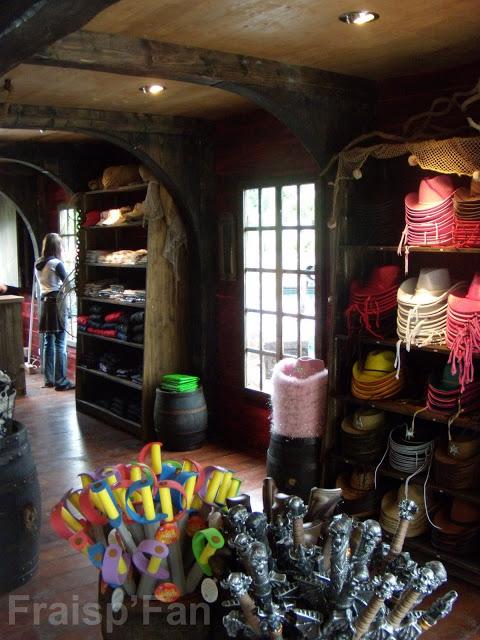 boutique-Boutique-Aux-Tresors-05