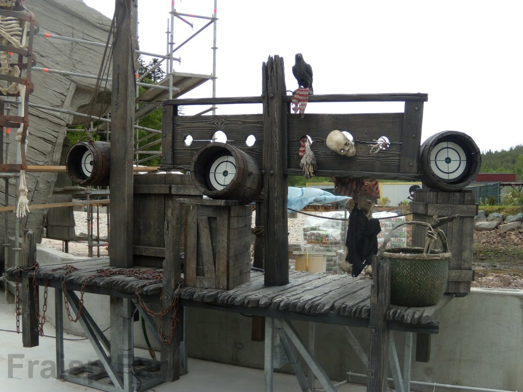 pirates_attack_-_construction_-_427